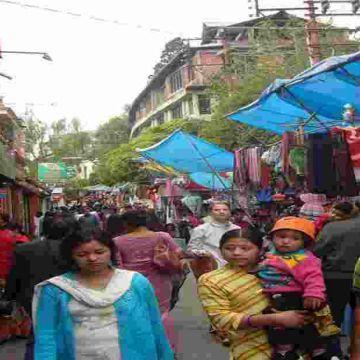 Shopping Market in Darjeeling